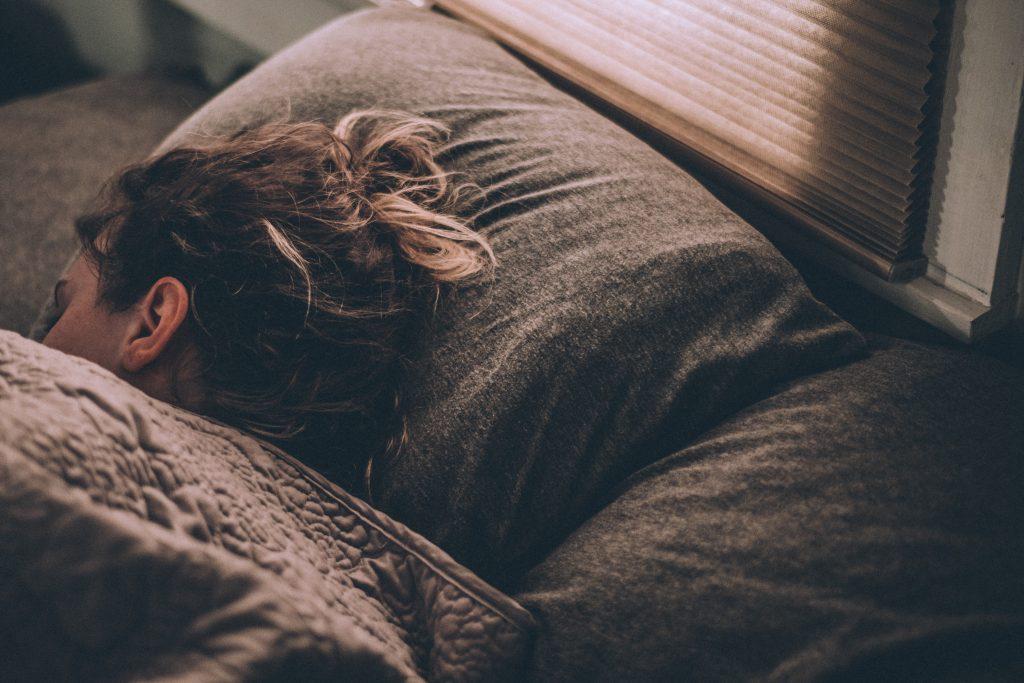 dormir-bien-ayuda-a-fortalecer-el-sistema-inmuologico